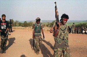 Conflit Centrafricain : l'embrigadement des enfants soldats indigne la communauté internationale et moi avec dans Liens enfants-soldats-300x198